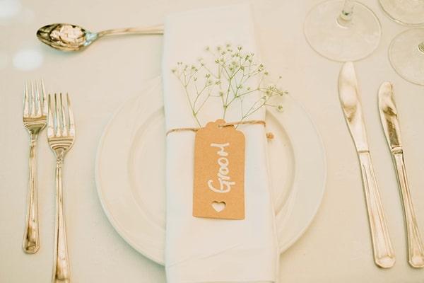 Ομορφο table scape σε λευκο χρωμα