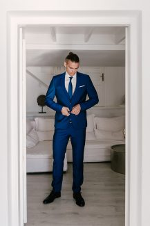 Κοστούμι γαμπρού σε μπλε χρώμα