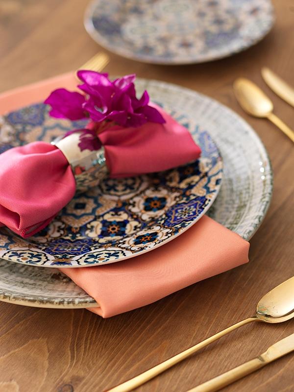 beautiful-decoration-idea-reception-tables_02