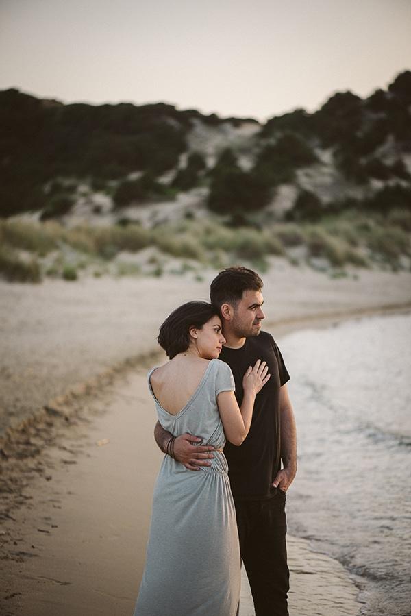 beautiful-prewedding-shoot-beach_13