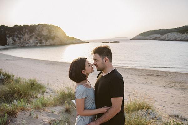 beautiful-prewedding-shoot-beach_14