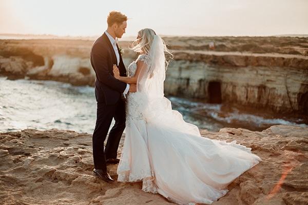 beautiful-romantic-wedding-white-hues-cyprus_01