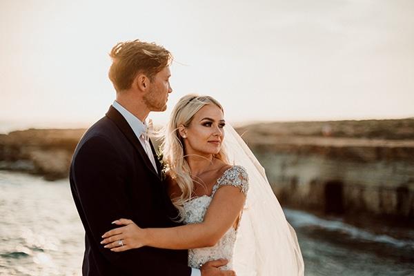 beautiful-romantic-wedding-white-hues-cyprus_02
