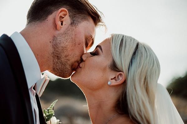 beautiful-romantic-wedding-white-hues-cyprus_02x