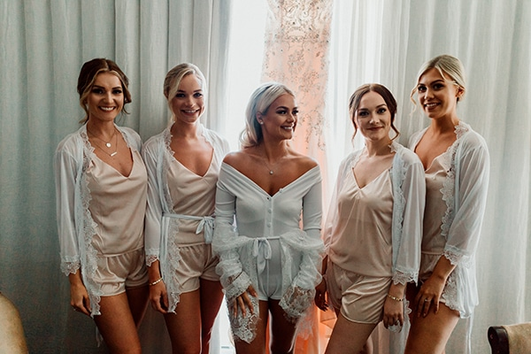 beautiful-romantic-wedding-white-hues-cyprus_05x