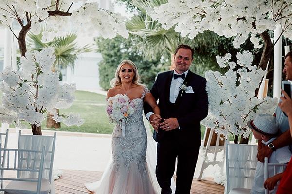 beautiful-romantic-wedding-white-hues-cyprus_29