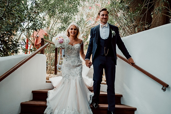 beautiful-romantic-wedding-white-hues-cyprus_54