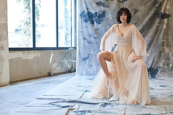 Αιθέρια θηλυκά νυφικά φορέματα που θα λατρέψετε