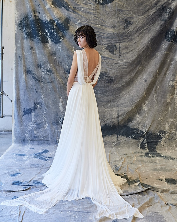 ethereal-feminine-wedding-dresses-you-will-love_07