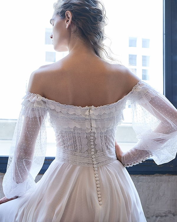 ethereal-feminine-wedding-dresses-you-will-love_09