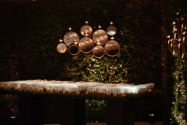 impressive-wedding-decoration-atmospheric-lighting_19
