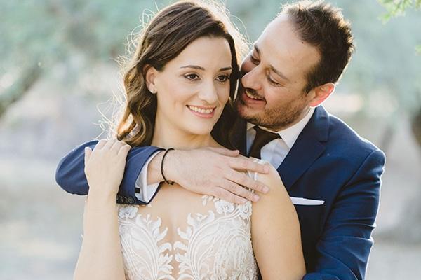 Μοντερνος καλοκαιρινος γαμος με γεωμετρικα σχηματα | Γεωργια & Κωστης