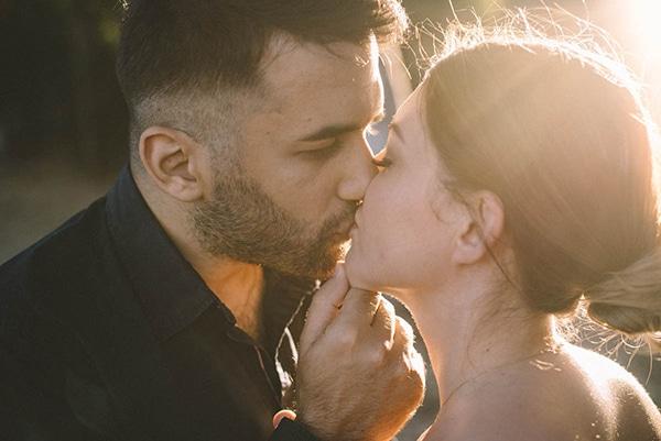 prewedding-romantic-beach-shoot_03x