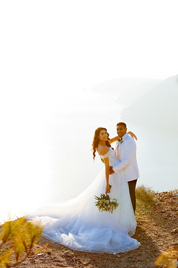 beautiful-romantic-wedding-santorini_03