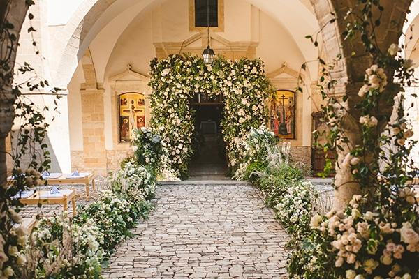 Αψιδες με λουλουδια we completely adore