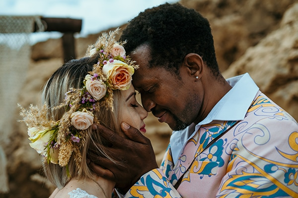 Tropical styled shoot with bohemian vibes