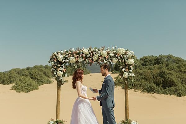Ρομαντικό beach styled shoot στην Κέρκυρα