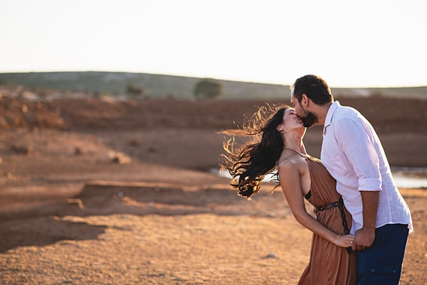 romantic-prewedding-photoshoot-skyros_01