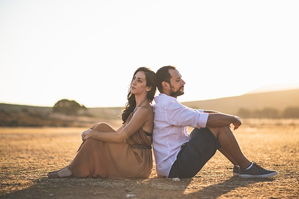 romantic-prewedding-photoshoot-skyros_02x