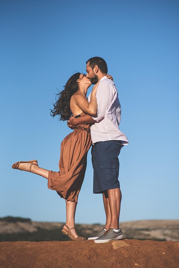 romantic-prewedding-photoshoot-skyros_07