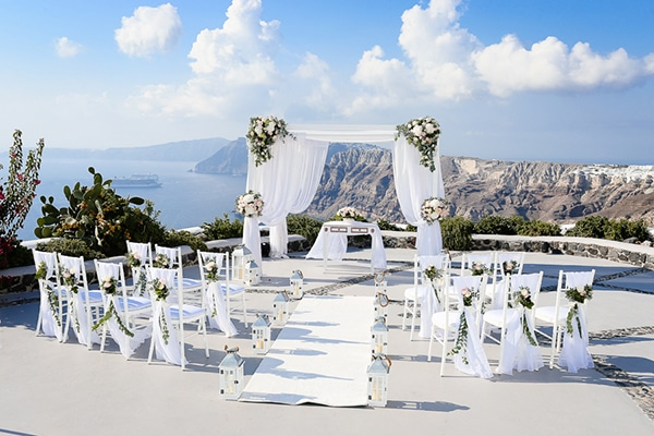 romantic-summer-wedding-idyllic-santorini_13
