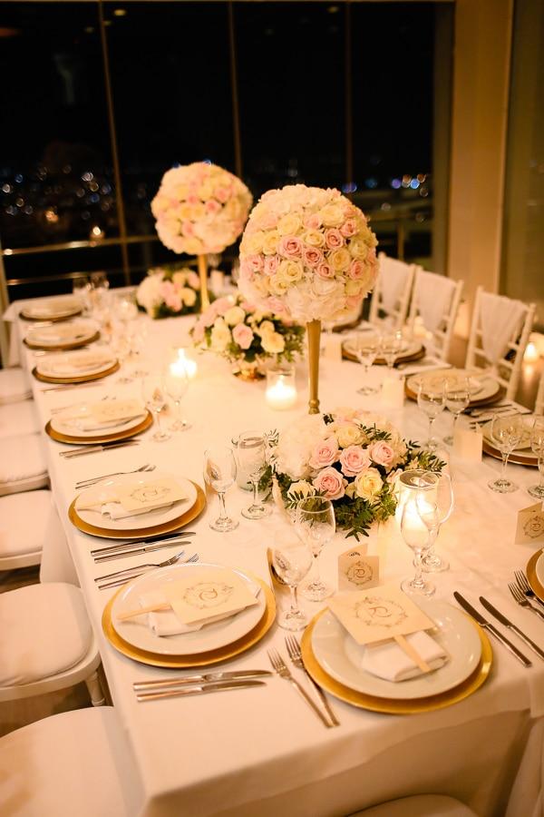 romantic-summer-wedding-idyllic-santorini_22x