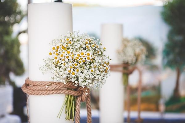 Στολισμος λαμπαδας απο μπουκετο λουλουδιων