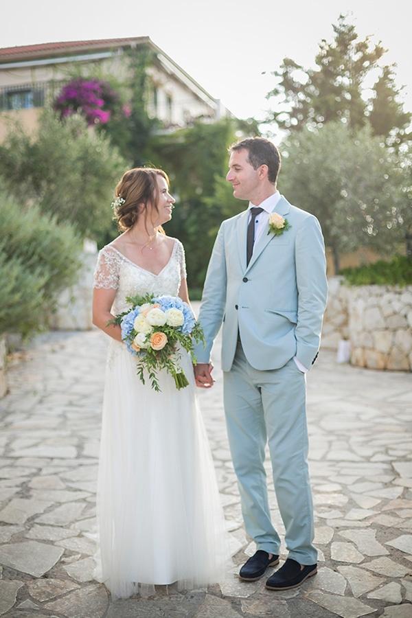 beautiful-civil-wedding-kefalonia-peach-blue-hues_05