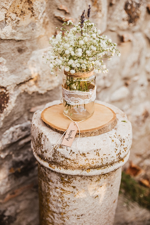 rustic-summer-wedding-baby-breath_14