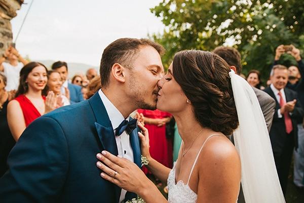 rustic-summer-wedding-baby-breath_18