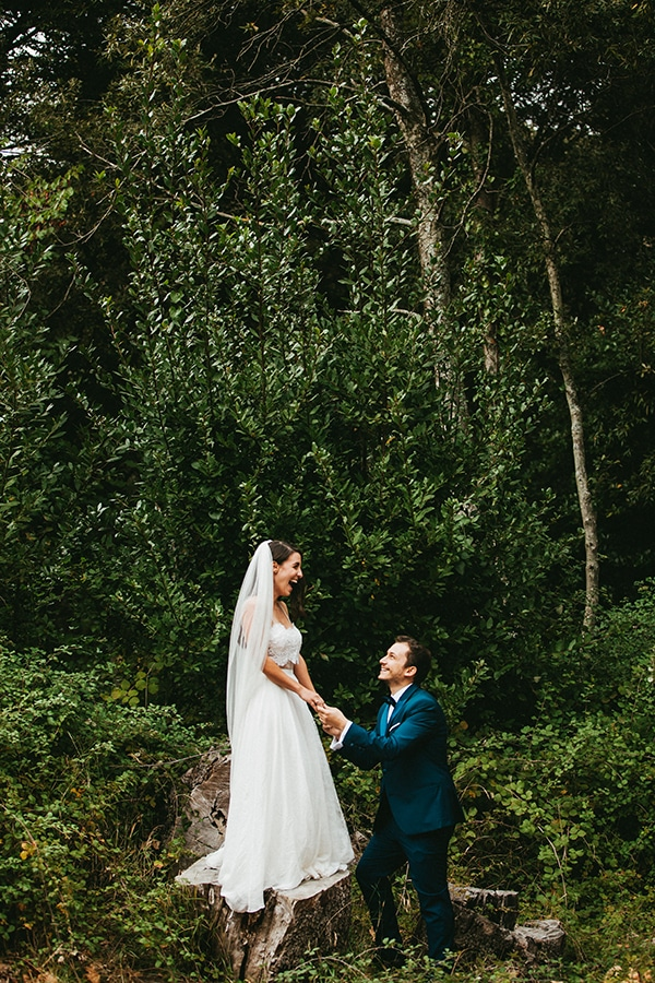rustic-summer-wedding-baby-breath_34