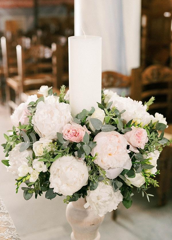 Στολισμος λαμπαδας με στεφανακι λουλουδιων