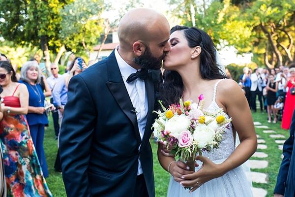 Πανέμορφος γάμος με φωτεινά χρώματα στην Αθήνα