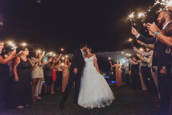 romantic-summer-wedding-athens-beautiful-flower-design_28