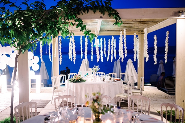 romantic-summer-wedding-pastel-hues-flowers-fairylights-korinthos_33