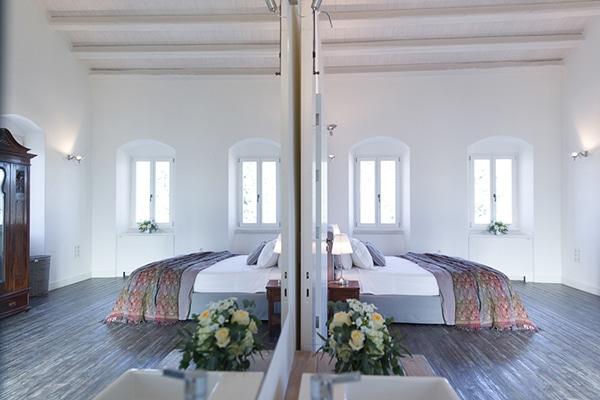 unforgettable-honeymoon-rustic-courti-estate_05