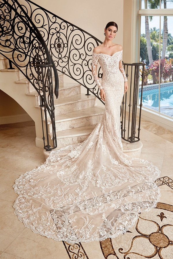 beautiful-wedding-dresses-ultra-chic-look-demetrios_03