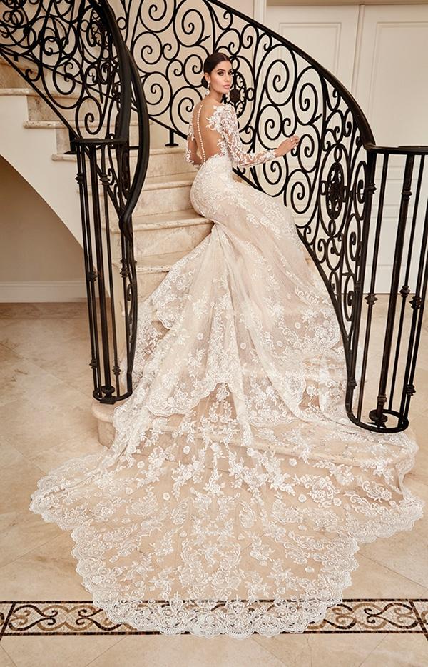beautiful-wedding-dresses-ultra-chic-look-demetrios_04