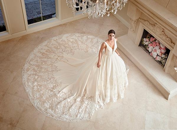 beautiful-wedding-dresses-ultra-chic-look-demetrios_06
