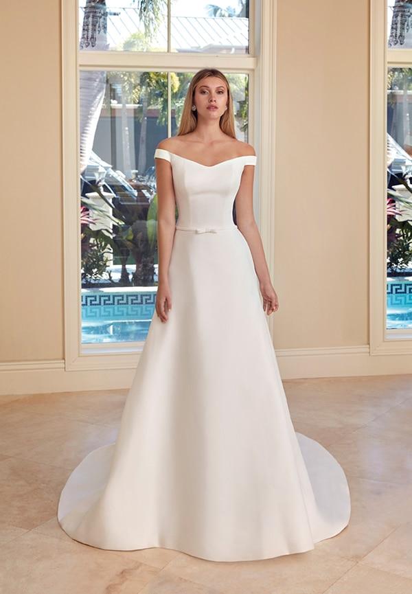 beautiful-wedding-dresses-ultra-chic-look-demetrios_07