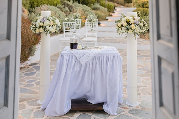 elegant-chic-wedding-athens-with-white-flowes_15