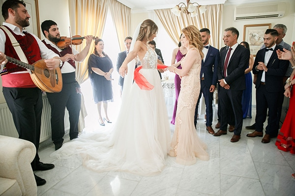 romantic-summer-wedding-nicosia-pastel-hues_13