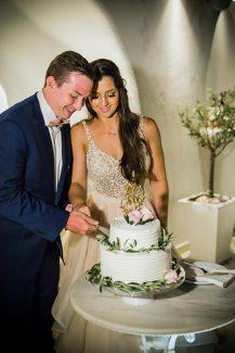 Λευκή τούρτα γάμου