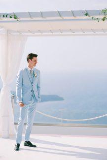 Ιδιαίτερο κοστούμι γαμπρού