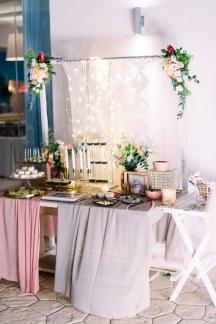 Ιδιαιτερο Candle table