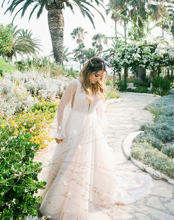 beautiful-chic-wedding-pastel-hues-cyprus_09x