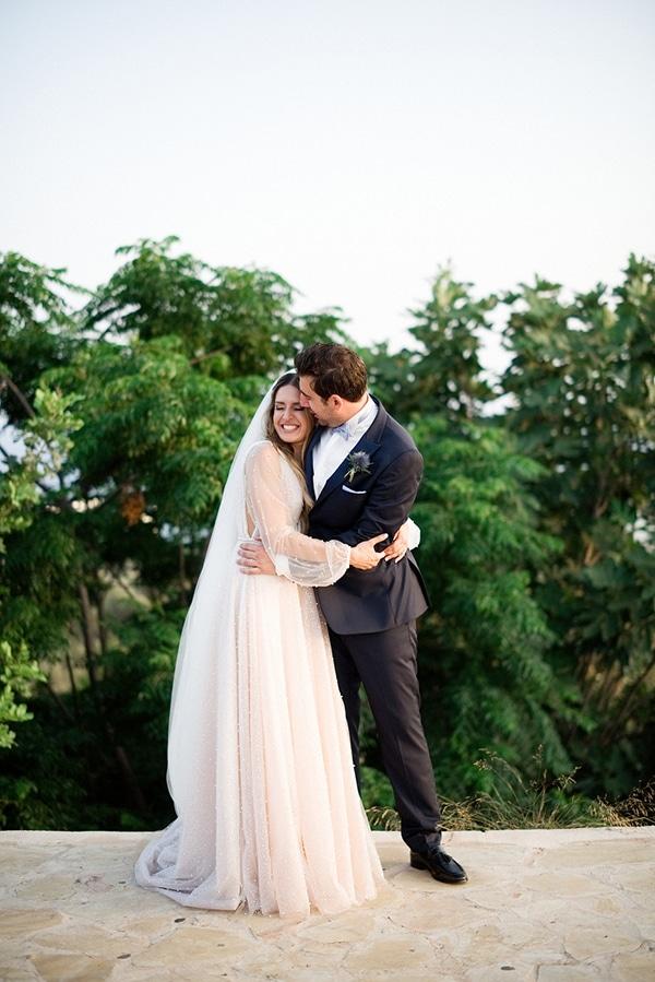 beautiful-chic-wedding-pastel-hues-cyprus_25