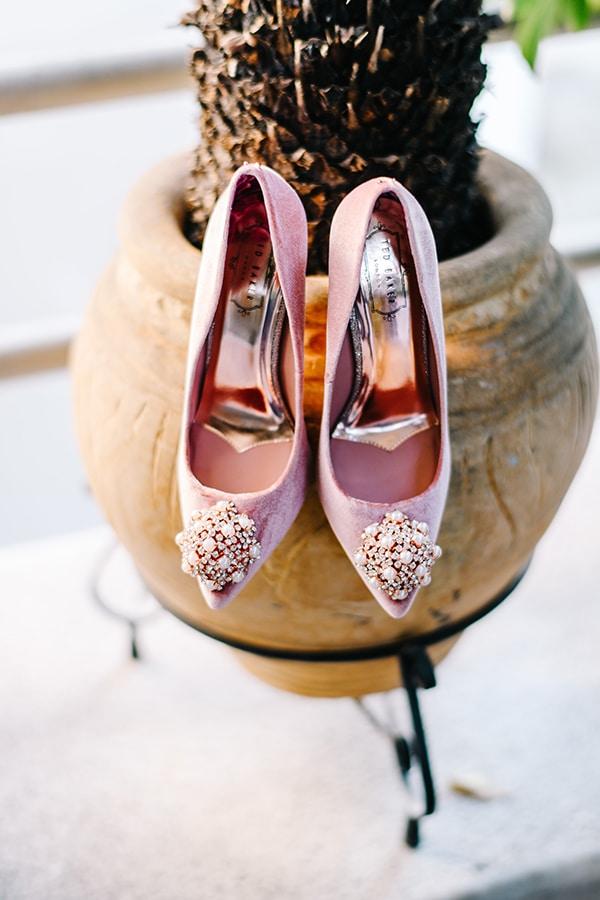christmas-wedding-athens-burgundy-hues_08