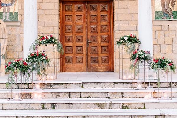 christmas-wedding-athens-burgundy-hues_17
