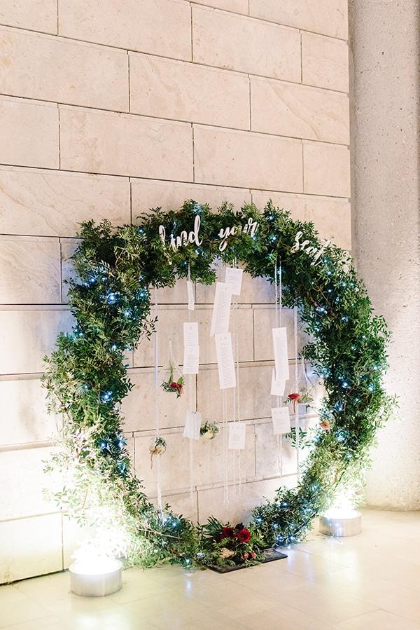 christmas-wedding-athens-burgundy-hues_31